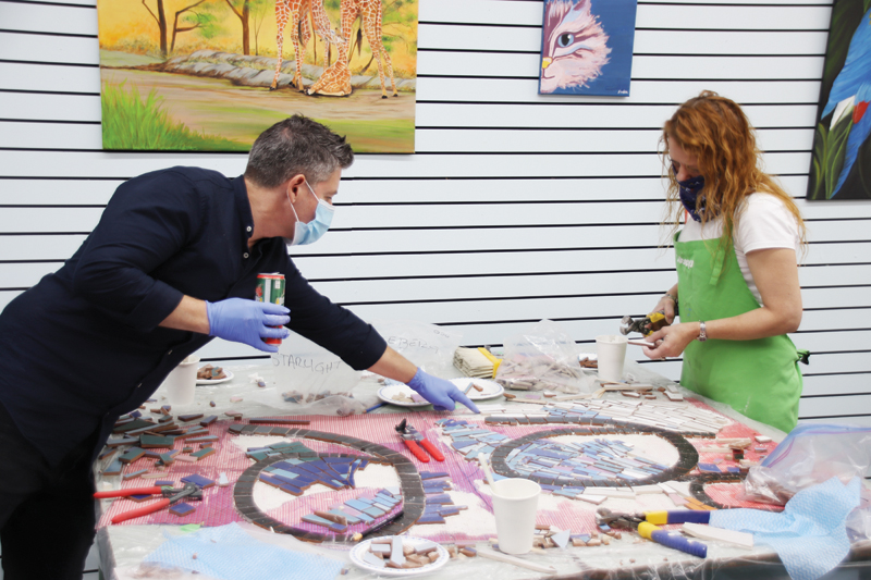 "Mosaic project puts the ""art"" in ""cathartic"""