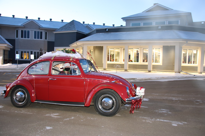 Cold Christmas cruises for Cold Lake car club